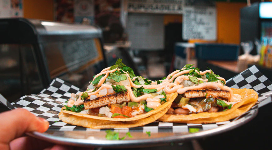 Featured image Toronto is a City for Food Lovers - Toronto is a City for Food Lovers